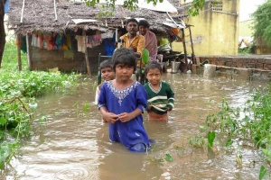 A family rendered homeless at Ponniamman Medu, Madhavaram, Cyclone Nisha 2008